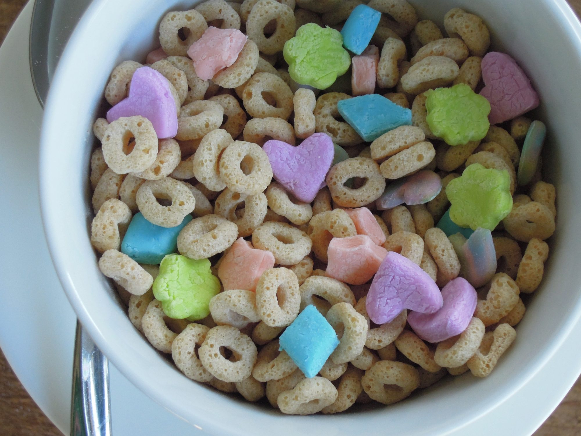 Lucky Charms Treats Lucky Charms Cereal Cereal Bars Cereal Treats Bar Recipes Dessert Recipes Sweet Recipes Yummy Recipes Breakfast Recipes Forward Lucky Charms treat bars (similar to rice crispie treats) would be cool for st. pattys or easter treats.