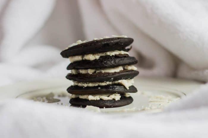 Vegan Oreo Pancakes