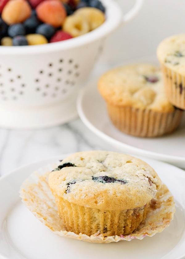 vegan-vanilla-berry-muffins