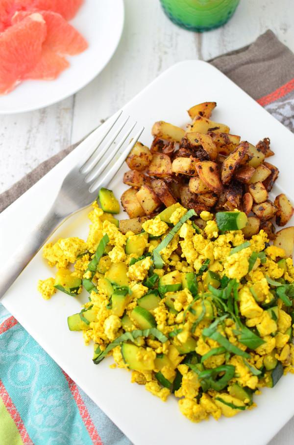 zucchini tofu scramble