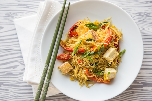 singapore_noodles_with_pan_fried_tofu_recipe