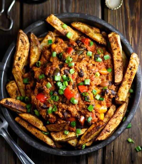 vegan quinoa chili_fries