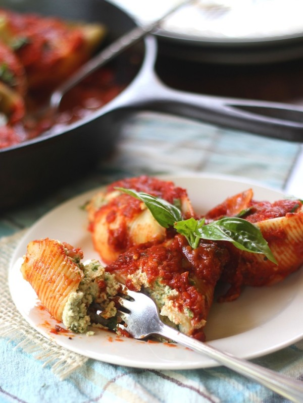 vegan-stuffed-shells