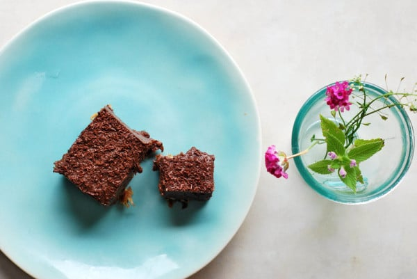 Raw Chocolate Fudge Squares