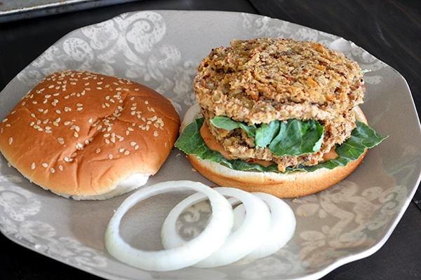 Spicy Pinto Bean Burger with Vegan Chipotle Mayo 4