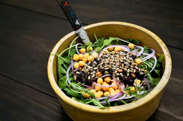 Strawberry Balsamic Chickpea Salad
