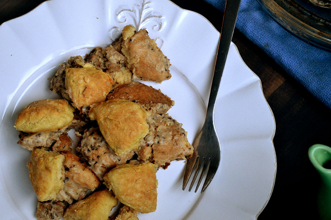 Vegan-Biscuits-&-Gravy-Casserole-3