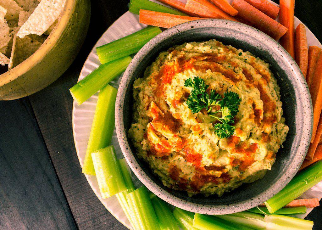 Vegan-Buffalo-Ranch-Hummus