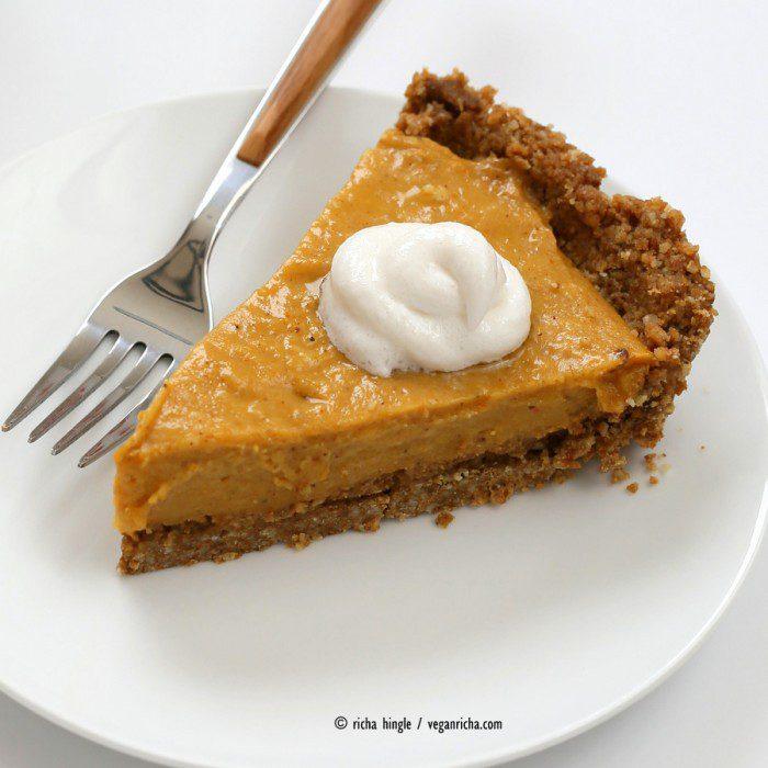 No-Bake Pumpkin Pie with Ginger Crust