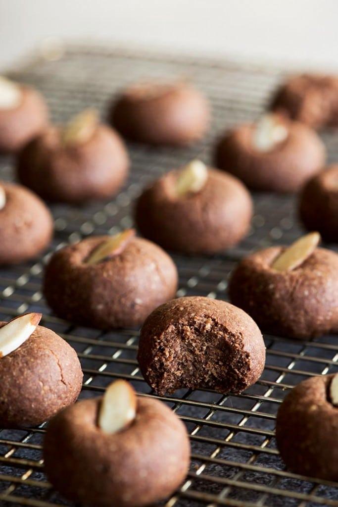 21 Killer Vegan Cookie Recipes » Vegan Food Lover