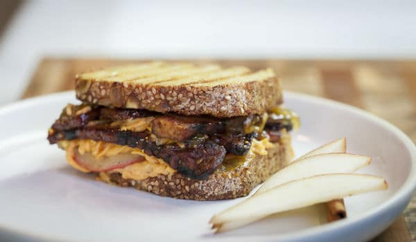vegan_grilled_cheese_pear_recipe_pic