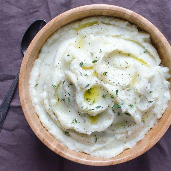 Mashed Cauliflower with Roasted Garlic