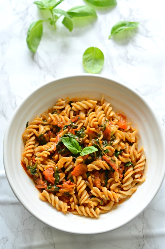 Quick Roasted Tomato, Basil and Spinach Pasta