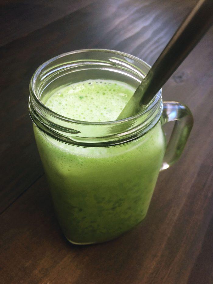 sweet creamy vanilla green smoothie
