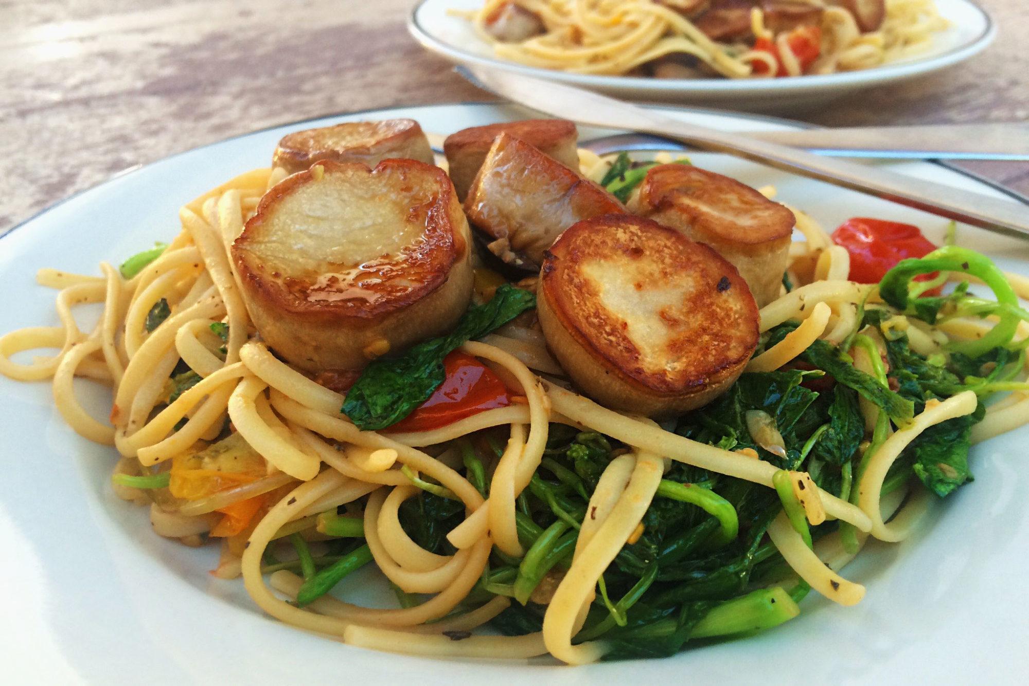 "King Oyster Mushrooms ""Scallops"" with Lemon-Garlic Linguine"