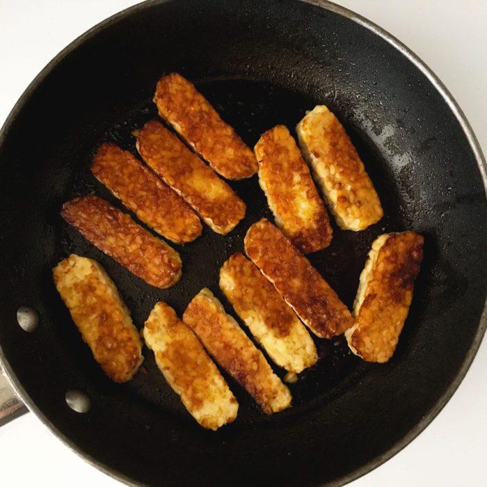 smoky maple tempeh sandwich vegan recipe