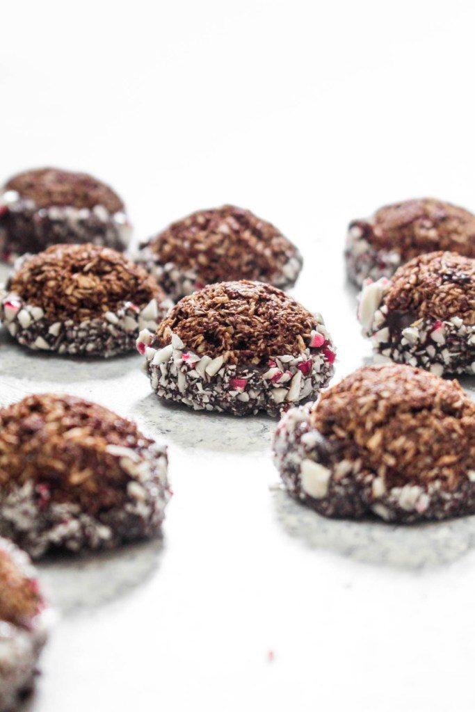 CHOCOLATE PEPPERMINT MACAROON COOKIES