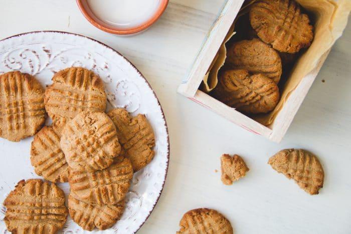 Vegan-peanut-butter-cookies-25img